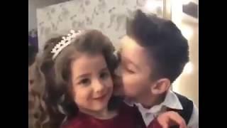 Cute Girl || Boy Kissing || Viral Video