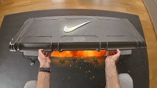 What's inside this BIG Nike Box ?!