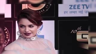 Yuvika Chaudhary and Prince Narula at Boroplus 10th Gold Awards 2017 Red Carpet | Zee Tv Gold Awards
