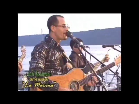 Raulin Rodriguez tocando en vivo en new york