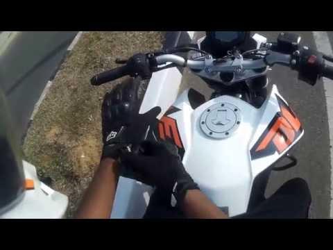 KTM Duke 200 top speed 138 kph