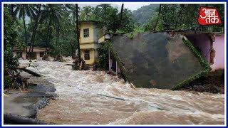 Kerala में बाढ़ में गयी 26 लोगों  की जान, Munnar में 20 विदेशी लोगों समेत 60 पर्यटक फसे !