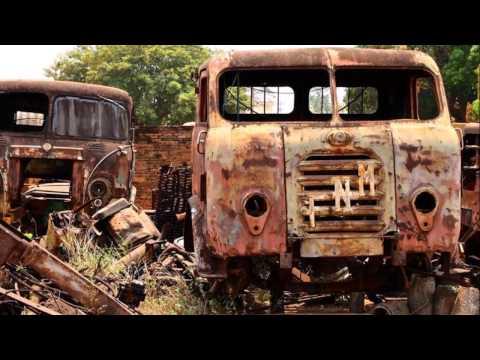 Caminhões abandonados no Brasil