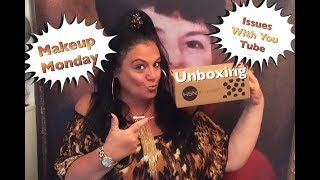 Makeup Monday Unboxing & Issues W/ You Tube 💋Rosa