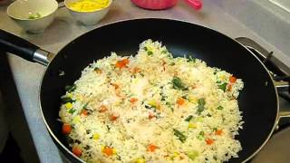 How to Make Vegetable Fried Rice - Authentic Chinese Style - Quick and Easy Recipe!
