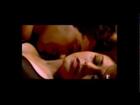 Rani Mukherjee Hot Scene In Laaga Chunri Me Daag