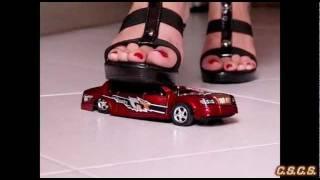 N - SlowMotion 300fps - Toy Car 02