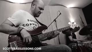 Sheddin' Some Blues... (Bass Solo) /// Scott's Bass Lessons
