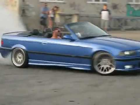 BMW M3 E36 Cabrio burnout