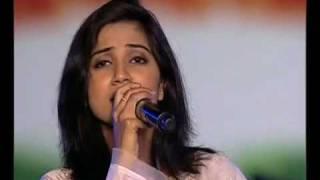 Ekla Chalo Re-Shreya Ghosal