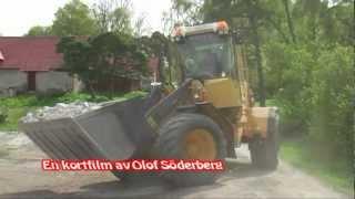 Scania 470 tippar sten i Fide Volvo BM L70 jämnar till 2012.mpg