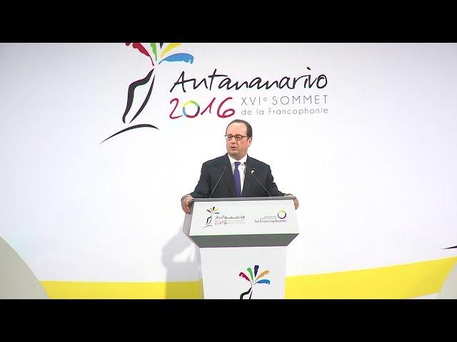 François Hollande au Sommet de la Francophonie
