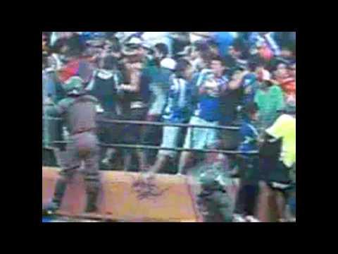 Barras Bravas fight Chile
