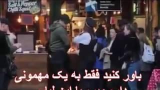زنی که توسط پلیس وسط خیابان لخت شد+18