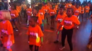 Zumba Kids with Fabila - Shakira Waka Waka (Time for Africa)