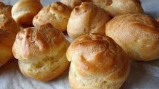 Saffron Cream Puffs / Noon Khamei