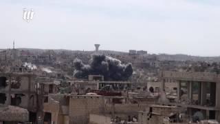 مشاهد غارات الطيران الحربي وصواريخ الفيل على أحياء درعا البلد اليوم