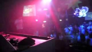 Uprising vs. Dizstruxshon - Onex & Trax MC Mental - 01/05/11