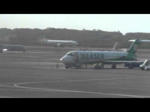 Alitalia A330 200 despegando de Maiquetia.