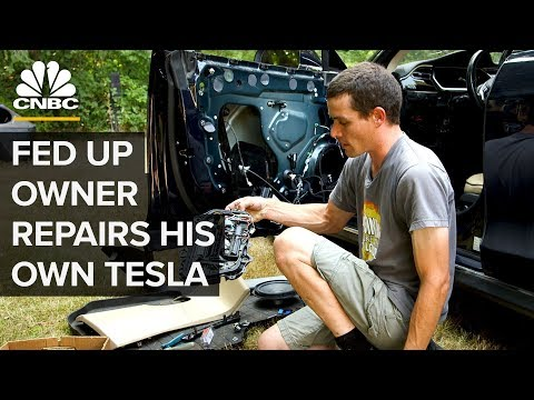 Xxx Mp4 This Tesla Model S Owner Repairs His Own Car 3gp Sex