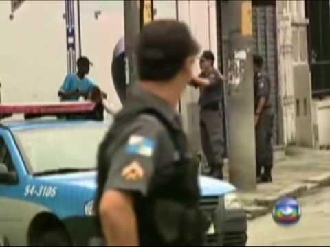 Policia mata bandido no Rio ao vivo