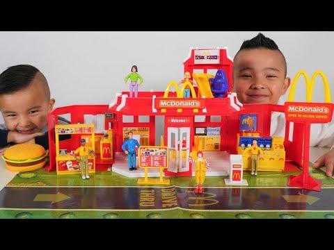 Biggest McDonald s Drive Thru Playset Vintage CKN Toys