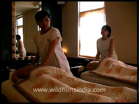 Indian traditional couple spa massage