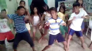 ZUMBA_Amazing Young Straight Filipino  boys turned GAY during DANCE practice CAULISIHAN, INOPACAN