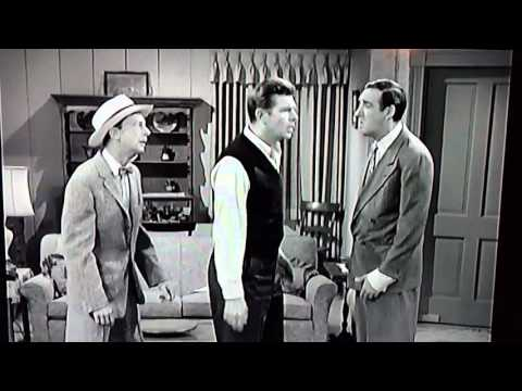 Barney Fife wants to fight Gomer