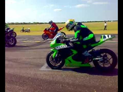 carrera de motos largada en termas de rio hondo