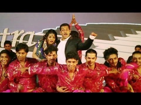 Xxx Mp4 Kaise Bani Kaise Bani The Chatni Song Dabangg 2 Salman Khan 3gp Sex