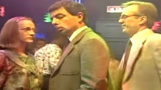Dancing at a Nightclub | Mr. Bean Official
