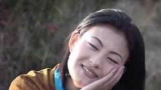 Bhutanese Music - Tshe Ngyen Gi Lethro