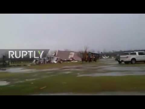 USA: At least 18 dead and dozens injured in Georgia and Mississippi storms