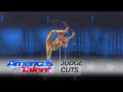 Sofie Dossi: Brilliant Performance Earns Her the Golden Buzzer - America's Got Talent 2016