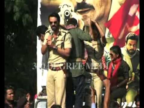 Xxx Mp4 Hot Arjun Rampal Looking Great In Inspector Dress And He Says Hindu College Is My College 3gp Sex