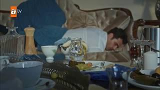 مشهد  مضحك خديجة واينشته يقتحمان بيت الياس | قطاع الطرق الحلقة 72 (الحلقة 1 الموسم 3)