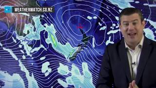 Wintry week ahead for some but warm weekend for most (24/09/18)