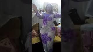 رقص بيتى جميل فى سكن طالبات بنات مع بعضها