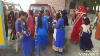 Pardhanawa ke rahar me-bhojpuri village dance video