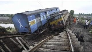 Railways : Live Train Accidents Caught On Camera Version 2.0 - Latest 2016 full new 2016