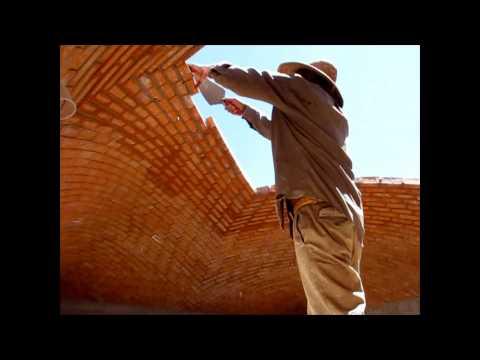 Construcción de una Bóveda Catalana Albañiles que desafían la gravedad. Tienes que verlo