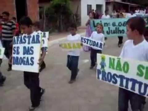 Pelotão do Padre Josimo no desfile municipal em Buritirana MA 2011.