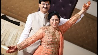 Beautiful Couple Dance by Mom & Dad at Sangeet Ceremony on Bollywood Songs