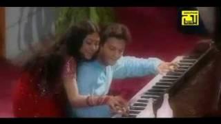 Prithibir Joto Shukh - Andrew Kishore & Sabina Yasmin - banglavideosongs.com