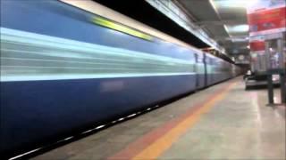 Sprinting High Speed ED WAP4 with 12626 Kerala Express crossing Vidisha @ MPS !!