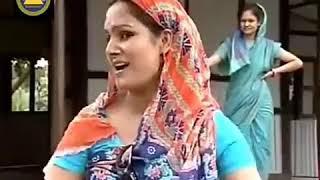 What a beautiful quarrel two girls english and bengali,মাথাই খারাপ করা ইংরেজী ঝগড়া