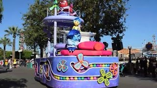 [HD] Disney Inside Out Pre Parade w/ talking characters @ California Adventure Full Show 1080p 60fps