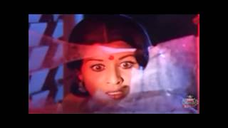 Old Actor Jayan and Servent Bedroom Scene Cheating Sheela