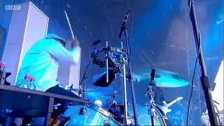 Jack White - Glastonbury -  2014 (dead leaves and dirty ground/screwdriver.)